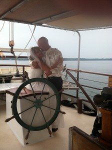 Yorktown Sailing Charters: Weddings in Yorktown, Virginia
