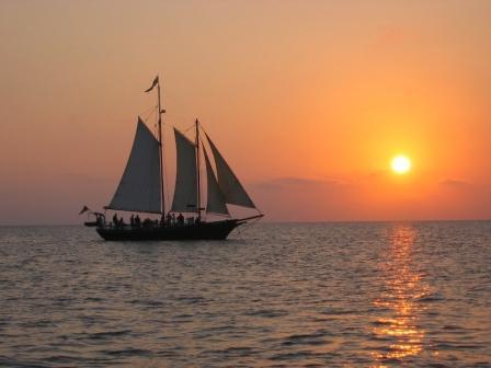 About Serenity Jamestown Sailing Yorktown Cruise Ship - Cruise ship yorktown